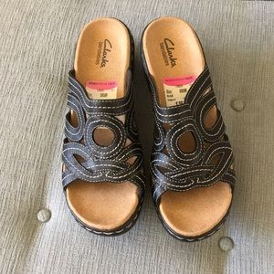 NWT Clarks Slip On Sandals